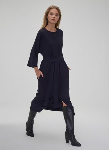 People By Fabrika Bağlama Detaylı Yırtmaçlı Elbise Siyah